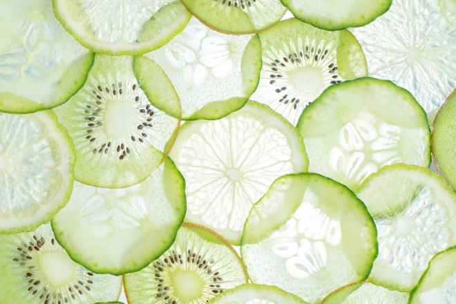 sliced green fruits